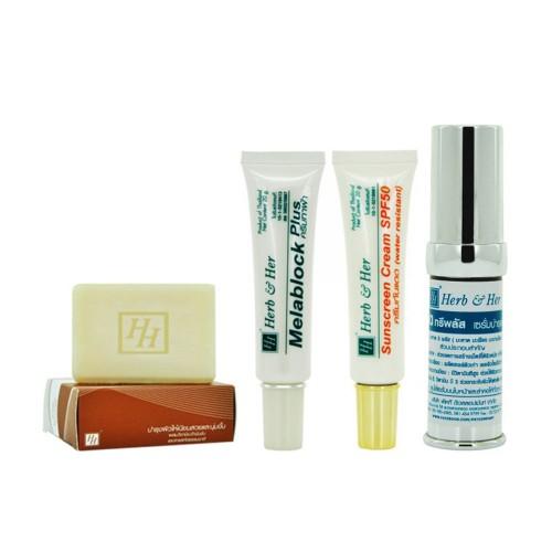 ชุดผลิตภัณฑ์รักษาฝ้าบำรุงผิวหน้ากระจ่างใส (Anti Blemish & Whitening Set)
